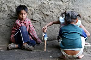 """""""A la baja pobreza en América Latina; sólo México y Honduras presentan incrementos"""": CEPAL"""