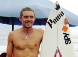 Destaca Becario de Gobierno del Estado;  Abel Estopín en Torneo de Surf en Oaxaca