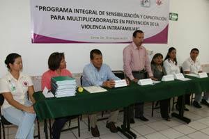 Capacitan a 145 orientadores de nivel secundaria en problemas de violencia