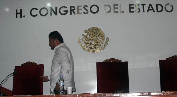 Diputados hacen corte de caja al clausurar el primer periodo ordinario de sesiones
