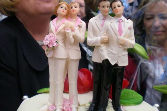 Nueva Zelanda aprueba matrimonios homosexuales