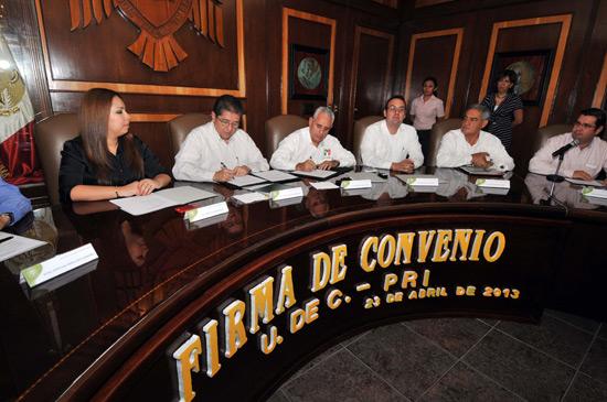 Firman convenio UdeC y PRI para realizar programa de capacitación