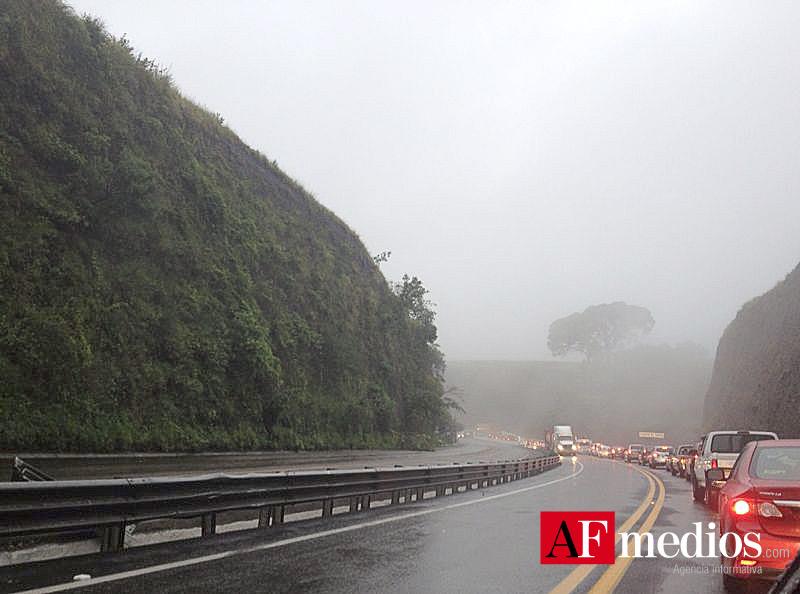 Un muerto y cinco lesionados luego de un choque en autopista Colima-Guadalajara