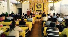 PRD en Colima aprueba candidaturas locales, pero le faltan cuatro municipios