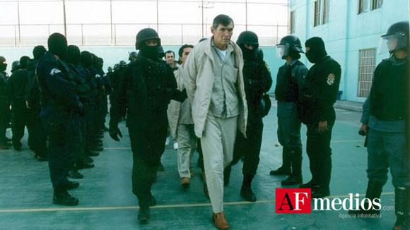 Trasladan a Felix Gallardo a Penal de Puente Grande, Jalisco