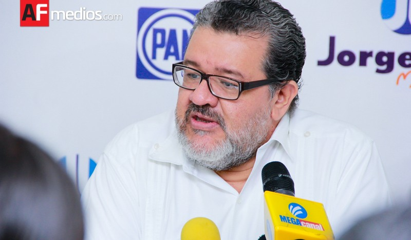 Jorge Luis pone a Oscar Zurroza como director de Recursos Humanos del Senado