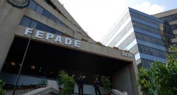 FEPADE consigna a ex secretario por coacción; presidente del PAN y abogado de Jorge Luis por falsificar pruebas