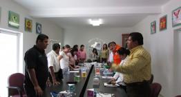 IEE crea comité para organizar debates; presidenta y consejera discuten