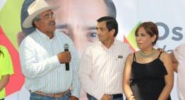 Oscar Valdovino compromete apoyo a las comunidades rurales de Colima