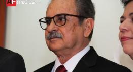 Gobernador se entrevistará con Peña Nieto para buscar solución a problema financiero de Colima