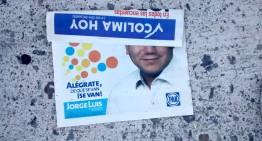 Jorge Luis pide voto mediante volantes distribuidos en viviendas de todo el estado