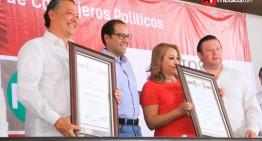 Priistas ratifican a Rogelio Rueda y Lizet Rodríguez  en la dirigencia de Colima