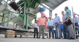 """""""Nacho"""" supervisa planta de residuos sólidos de Tecomán"""