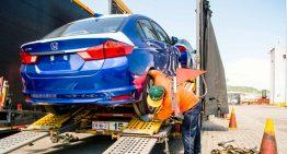 Más de mil 200 vehículos arriban al Puerto de Manzanillo