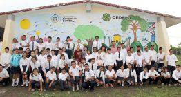 CEDEFU inaugura primer mural de inclusión en Telesecundaria