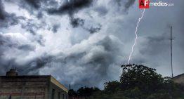 Lluvias puntuales en varios municipios de Colima; PC no reporta daños mayores