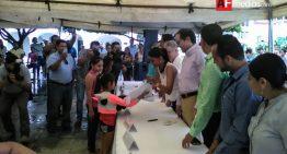 Comienza entrega de 70 mil uniformes gratuitos en Manzanillo