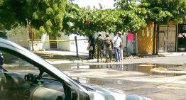 Joven es baleado en La Joya 2 de Santiago Manzanillo