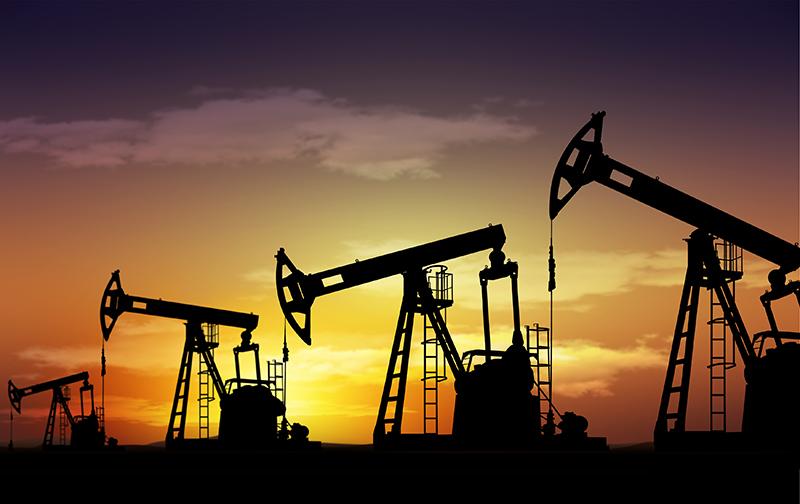 Baja de inventarios estadounidenses estimuló precios petroleros