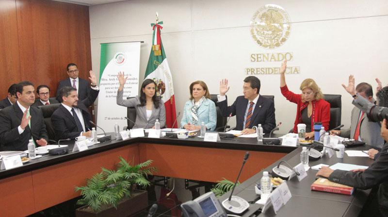 senado_ratifica_arely_funcionpublica