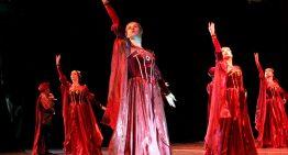 """""""Romeo y Julieta"""" contaron, su trágico amor, en el Teatro Universitario"""