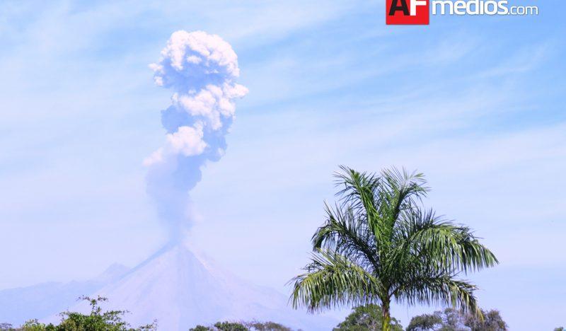 Zona de exclusión del Volcán de Colima disminuye a 8 kilómetros en general: PC