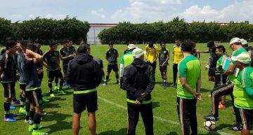 Lista preliminar de 40 futbolistas para 'Tri' de Copa Oro
