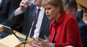 Parlamento de Escocia vota sobre referéndum independentista
