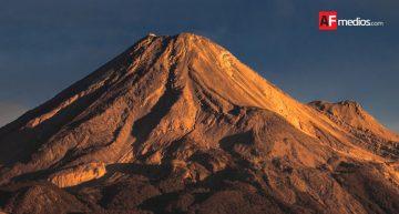 Volcán de Colima se mantiene en fase de desgasificación pasiva