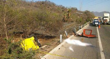Dos accidentes en Manzanillo dejan saldo de un muerto y tres heridos