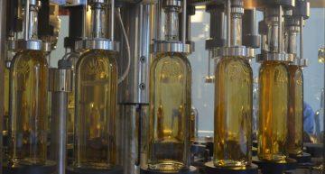 Profeco firma convenio para evitar venta de tequila adulterado o falso
