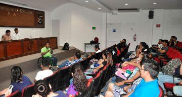 Atletas paralímpicos compartieron sus experiencias con estudiantes de Educación Especial