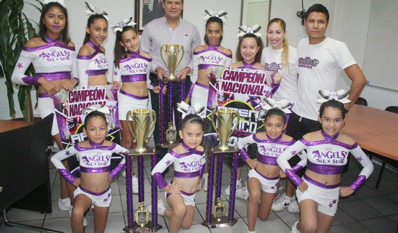 Porristas de Colima campeonas