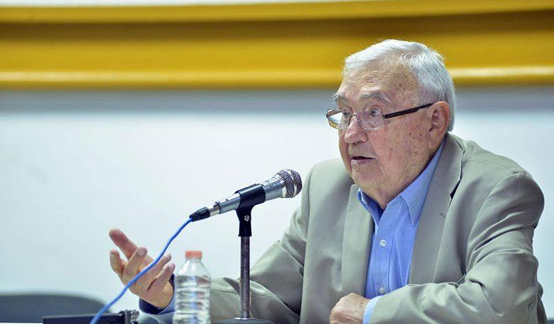 Si olvidamos, perdemos identidad: Gilberto Giménez