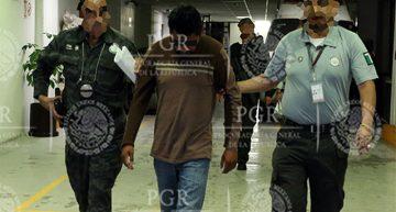 """Walter """"N"""" fue detenido por la PGR en Huitzuco Guerrero"""