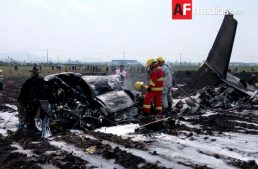 Se estrella Jet en Toluca; reportan varios fallecidos