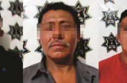 Detenidos tres de una banda de robacoches