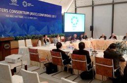 Discuten académicos desarrollo económico, alimentario y energético en APEC