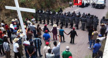 PEP de Puebla detiene caravana de DH