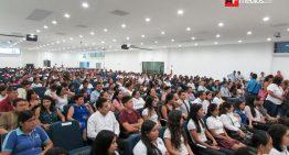 Ayto. de Manzanillo entrega preseas al mérito académico a 30 estudiantes