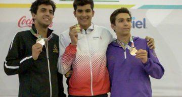 Emiliano Mora oro en natación del Nacional Juvenil 2017