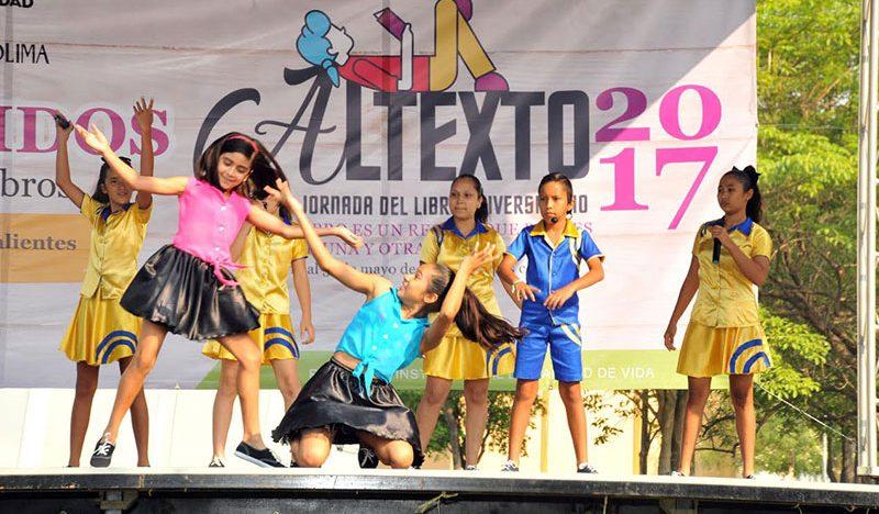 Presentaron show de gimnasia y música pequeños del Show de Talentos, en Altexto