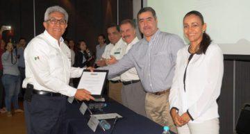 API Manzanillo recibe reconocimiento como Empresa Socialmente Responsable