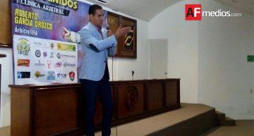 Roberto García Orozco imparte Clínica Arbitral en Colima