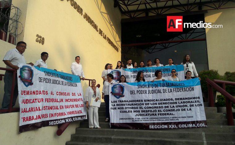 Trabajadores del Poder Judicial se manifiestan por despido injustificado de compañeros