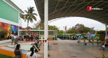 Manzanillo habilita albergues en Cetis 84 y Conalep
