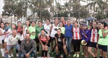 Gabriela Benavides entrega rehabilitación de cancha deportiva de fútbol 7