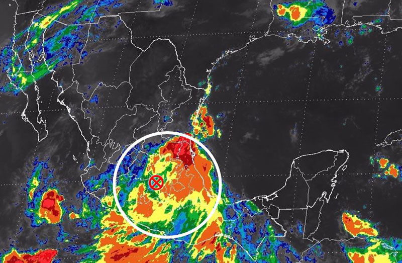 Ondas tropicales afectarán al norte y occidente de México