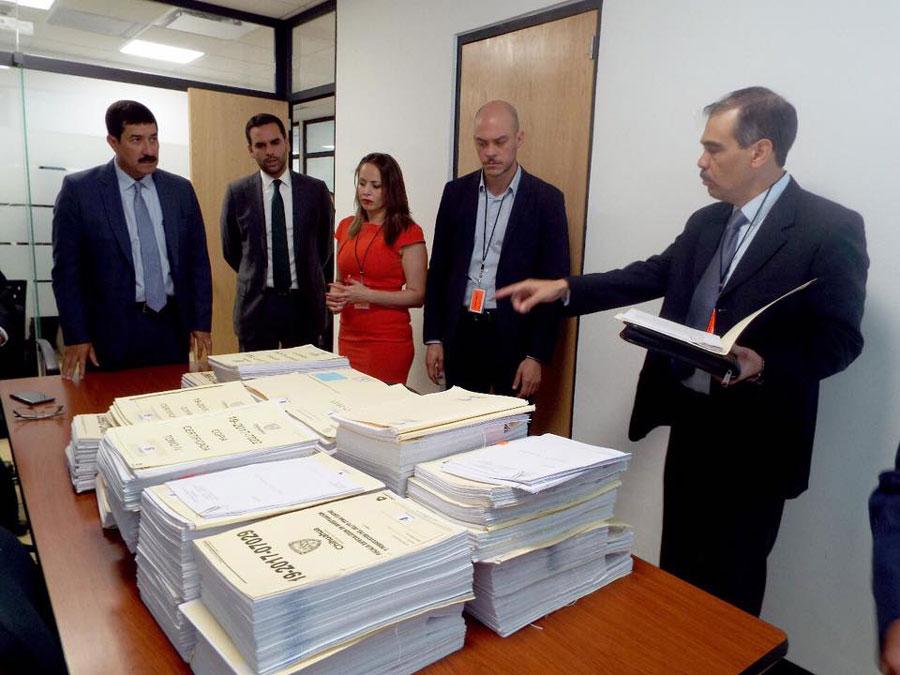 El Gobierno de Chihuahua asegura 10 propiedades del exgobernador César Duarte