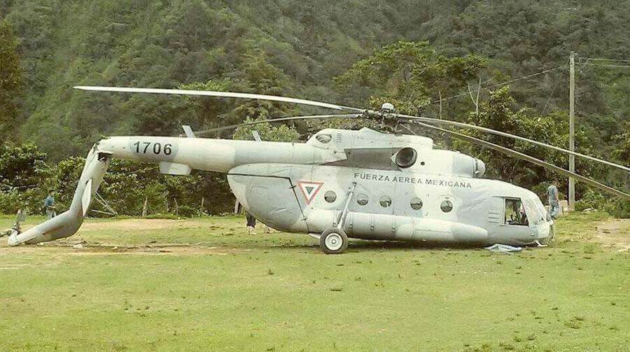 Se desploma helicóptero que transportaba víveres a damnificados por sismo en Chiapas